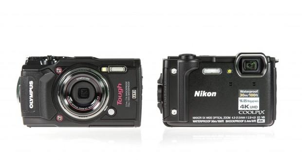 Links im Bild: die Olympus Tough TG5 und rechts daneben die Nikon W300 (Foto: Martin Wolf/Golem.de)