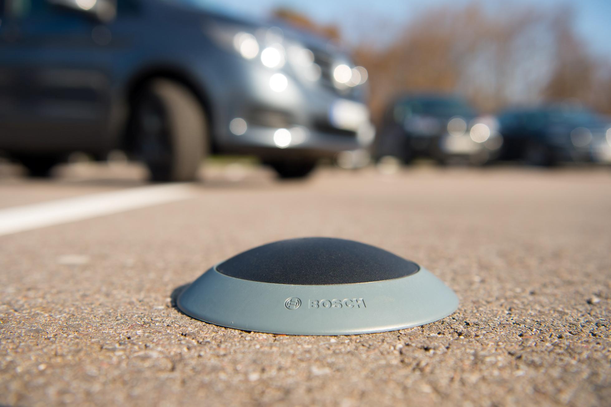 Parkplatz-Erkennung: Bosch und Siemens scheitern mit Pilotprojekten - Der kombinierte Magnetfeld-/Radarsensor von Bosch wird nicht mehr weiterentwickelt. (Foto: Bosch)