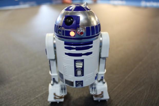R2-D2 auf zwei Beinen ... (Bild: Alexander Merz/Golem.de)