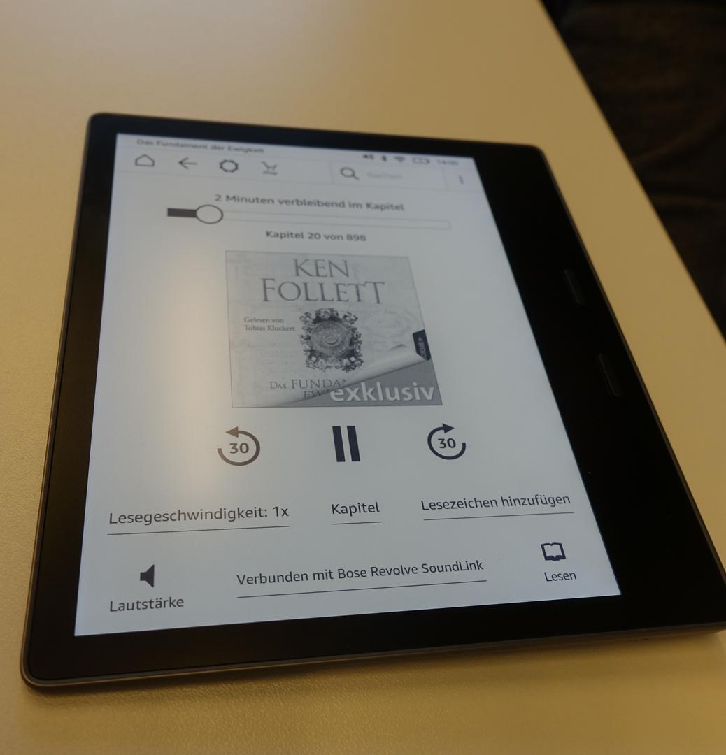 Neuer Kindle Oasis im Hands on: Amazons großer E-Book-Reader ist wasserdicht - Der neue Kindle Oasis hat eine Audible-Integration (Bild: Ingo Pakalski/Golem.de)