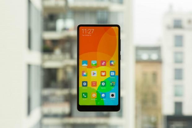 Das Mi Mix 2 von Xiaomi (Bild: Martin Wolf/Golem.de)