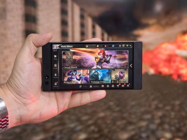 Das Razer Phone (Bild: Martin Wolf/Golem.de)
