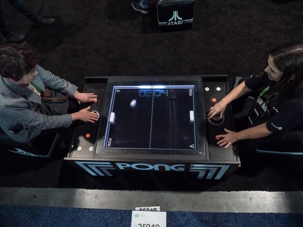 Der Pong-Tisch von Unis (Bild: Martin Wolf/Golem.de)