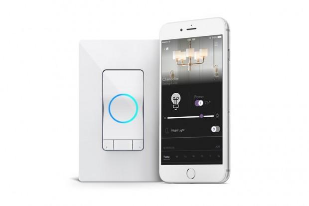smart home alexa kommt in den lichtschalter und den. Black Bedroom Furniture Sets. Home Design Ideas