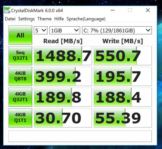 Als Storage nutzt Microsoft eine HDD samt einer schnellen SSD. (Screenshot: Oliver Nickel/Golem.de)
