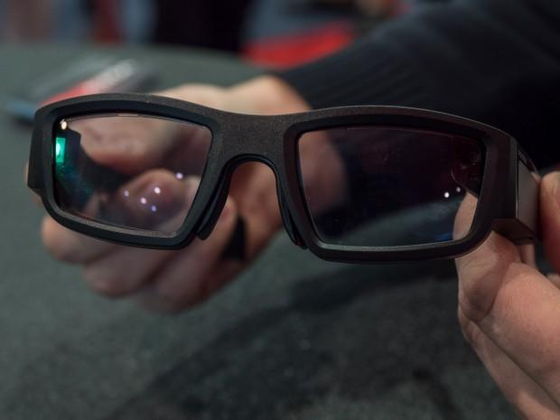 Einen Schönheitspreis mag die Brille nicht gewinnen. (Bild: Martin Wolf/Golem.de)