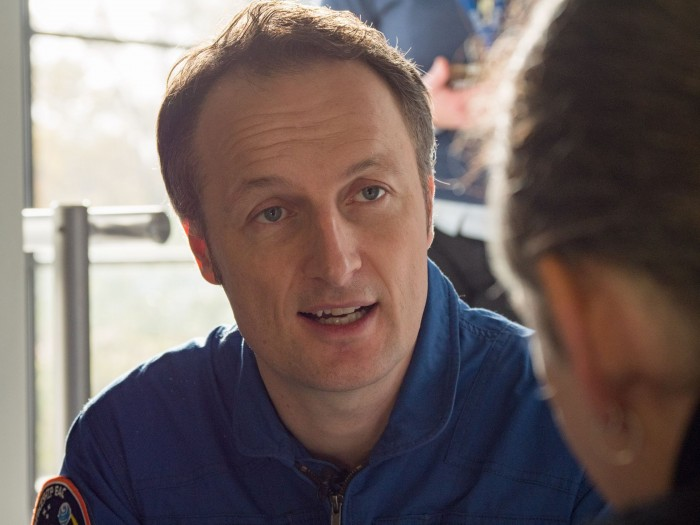Astronaut Matthias Maurer im Gespräch mit Golem.de. (Foto: Martin Wolf/Golem.de)