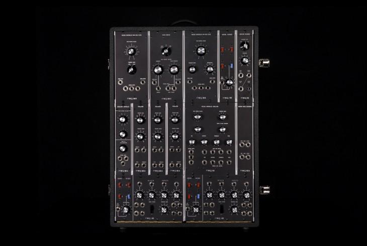 Synthesizer IIIp: Moog legt Synthie-Klassiker für 35.000 US-Dollar wieder auf - Eines der drei Cabinets des Synthesizer IIIp (Bild: Moog Music)
