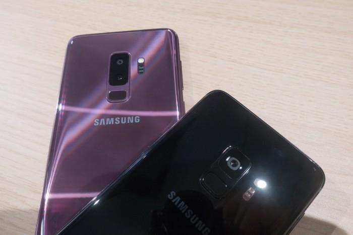 Das Galaxy S9 kommt mit einer einzelnen Kamera, das Galaxy S9+ hat eine Dual-Kamera. (Bild: Tobias Költzsch/Golem.de)