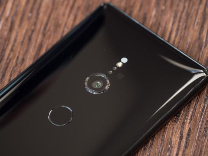 Sony setzt bei seinem neuen Smartphone weiterhin auf eine einfache Kamera und verzichtet auf eine Dual-Kamera. (Bild: Martin Wolf/Golem.de)