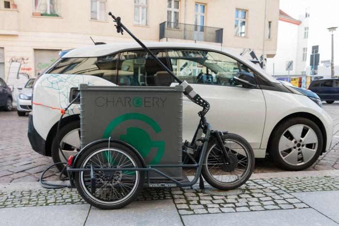 Der Akkuanhänger von Chargery im Einsatz. (Foto: Werner Pluta/Golem.de)