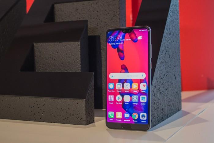 Das neue P20 Pro von Huawei (Bild: Tobias Költzsch/Golem.de)