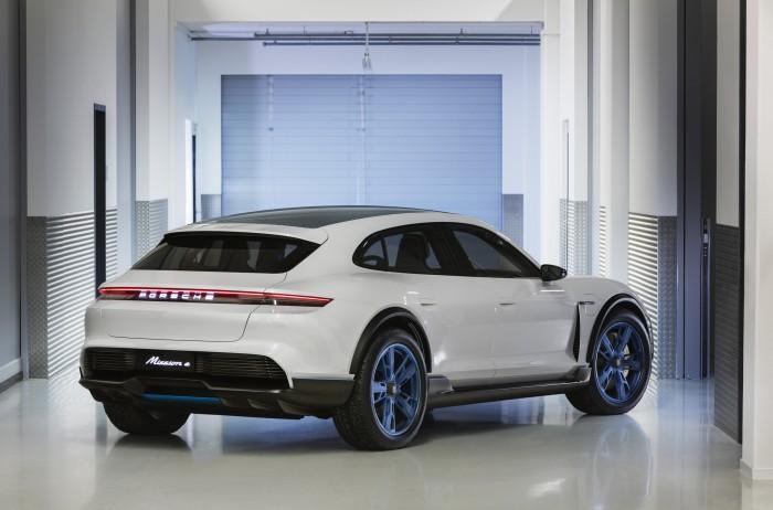 Porsche Mission E Cross Turismo (Bild: Porsche)