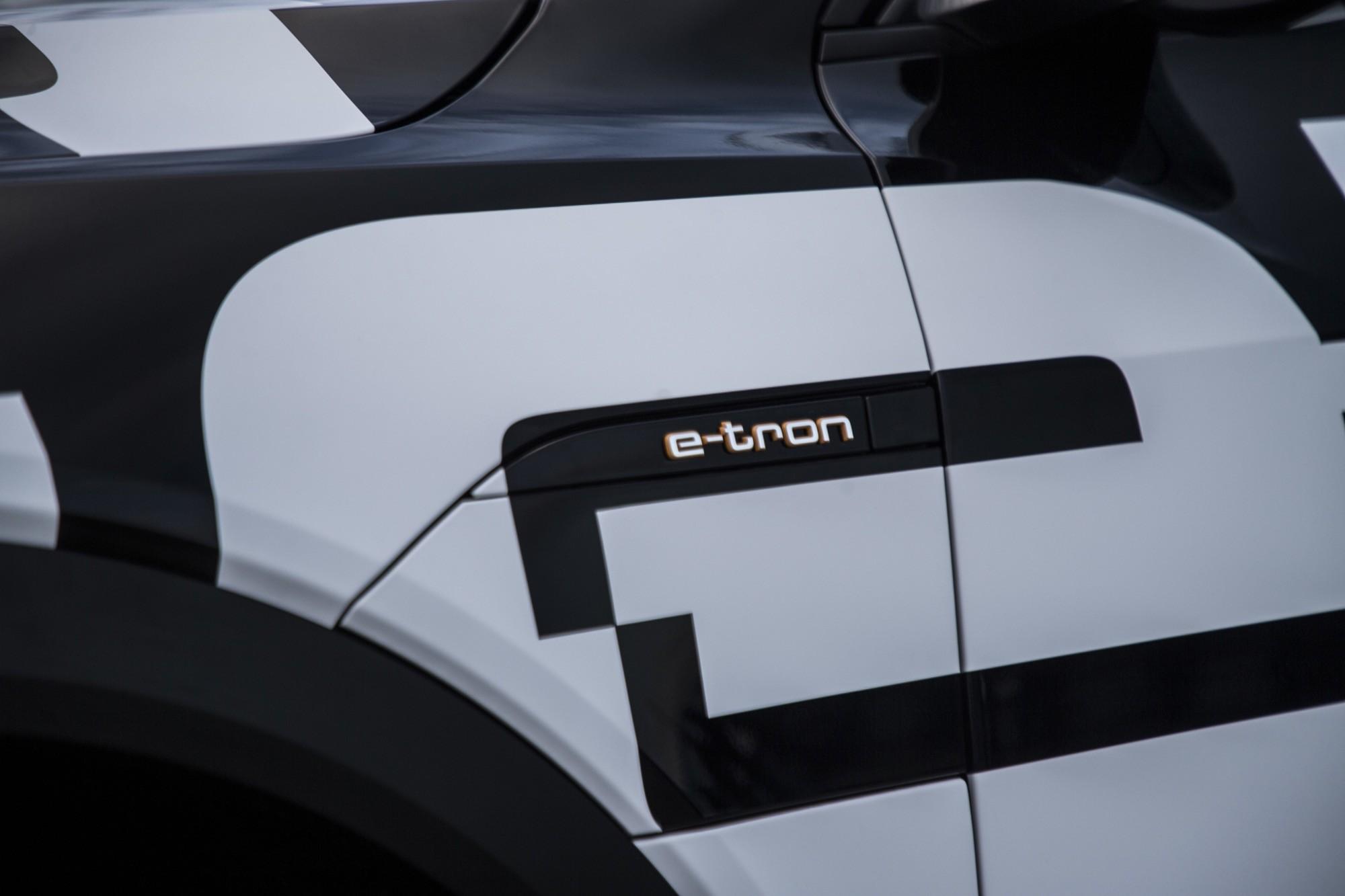 Audi E-Tron: Audi zeigt Prototyp seines ersten Elektroautos - Audi E-Tron-Prototyp (Bild: Audi)