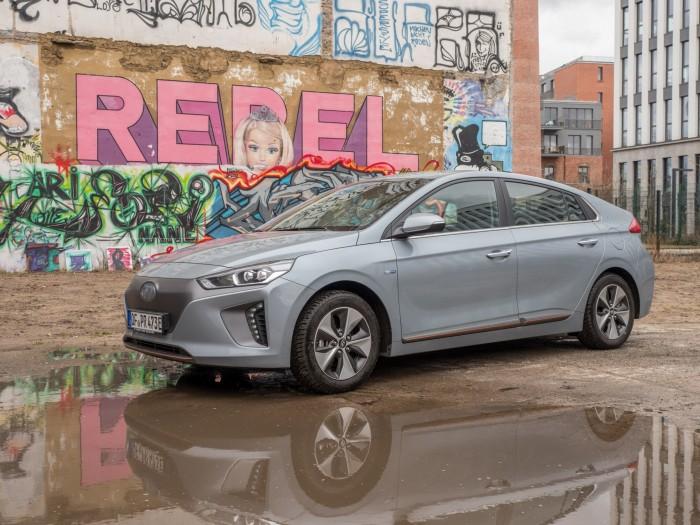 Hyundai Ioniq im Test: Mit Hartmut in der Sauna - Golem.de