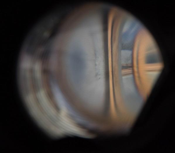 Das Vive Pro hat ein sichtbar kleineres Pixelraster. (Bild: Martin Wolf/Golem.de)