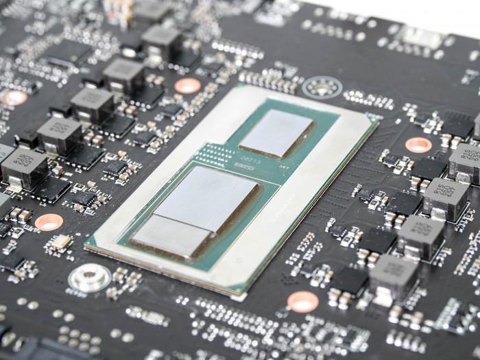 NUC8i7HVK (Hades Canyon) im Test: Intels Monster-Mini mit Radeon