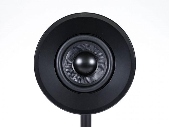 Schallwellen kommen sehr direktional aus dem Treiber. (Bild: Oliver Nickel/Golem.de)