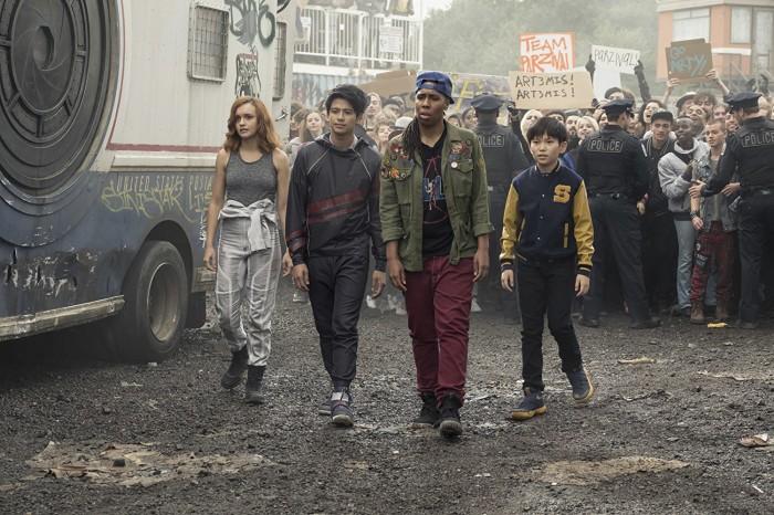 Die Szenen in der realen Welt haben uns nicht überzeugt. (Bild: Warner Bros.)