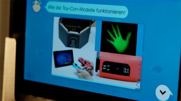 Detaillierte Erklärungsvideos beschreiben die Technik von Labo. (Foto: Michael Wieczorek/Golem.de)