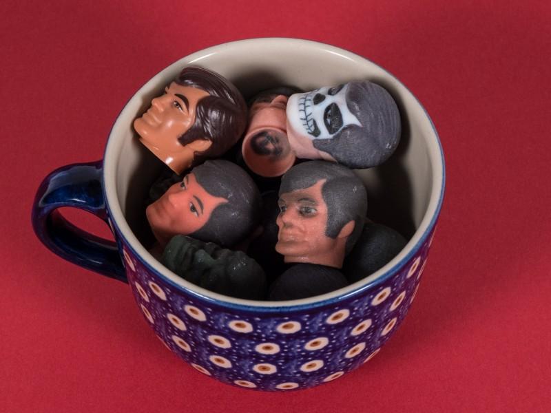 3D-Druck on Demand: Wenn der Baumarkt Actionfiguren aus Stahl druckt - Not just another cup of tea (Bild: Oliver Nickel/Golem.de)
