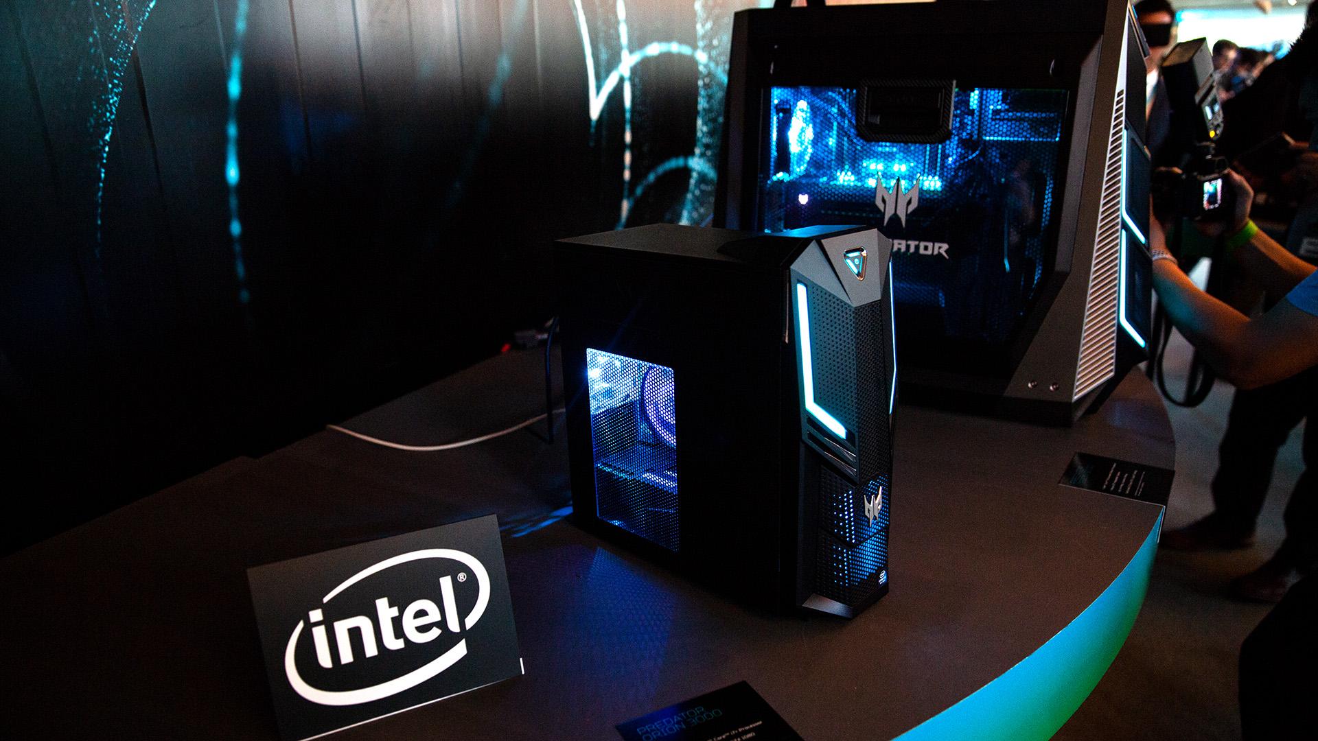 Acer-Portfolio 2018: Nitro-Gaming-PCs mit Ryzen und viele neue Notebooks - Flaggschiff bleibt vorerst der Orion 9000. (Bild: Robert Kern/Golem.de)