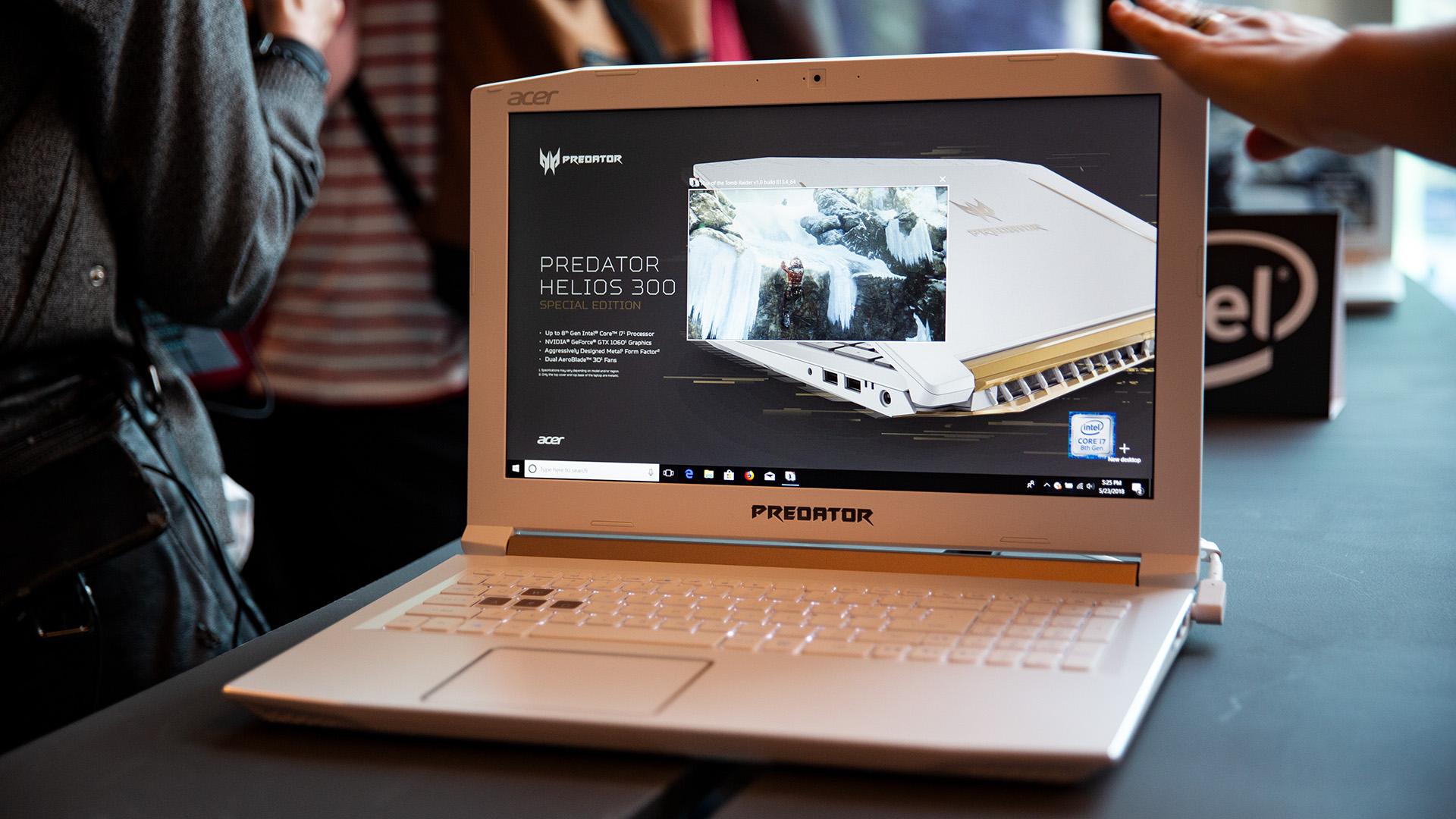 Acer-Portfolio 2018: Nitro-Gaming-PCs mit Ryzen und viele neue Notebooks - Bei der Pressekonferenz hat die Farbgebung sofort Gefallen im Publikum gefunden. (Bild: Robert Kern/Golem.de)
