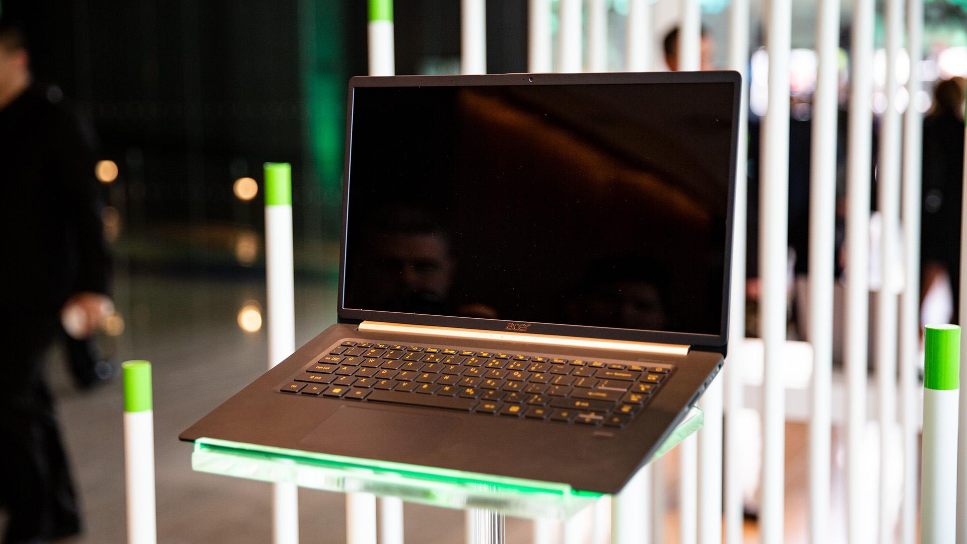 Acer-Portfolio 2018: Nitro-Gaming-PCs mit Ryzen und viele neue Notebooks - Das Acer Swift 5 wird jedoch nicht vor Herbst erscheinen. (Bild: Robert Kern/Golem.de)
