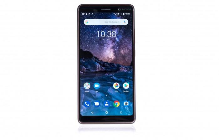 Das Nokia 7 Plus hat ein 6 Zoll großes Display. (Bild: Martin Wolf/Golem.de)