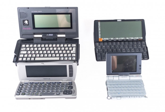 Das Gemini steht in der Tradition klassischer PDAs, wie dem Atari Portfolio, dem Psion und den Nokia-Communicator-Modellen. (Bild: Christoph Böschow/Golem.de)