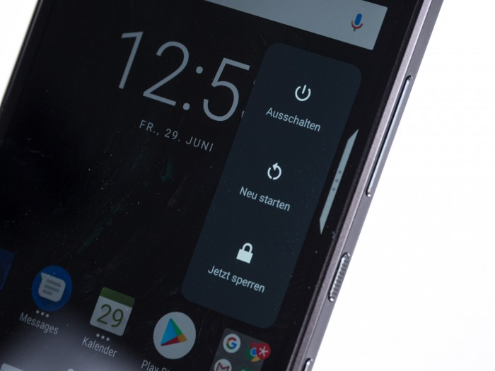 Blackberry Key2 (Bild: Christoph Böschow/Golem.de)