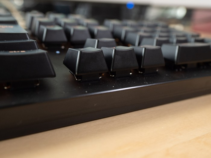 Die Schalter haben einen flachen Hub und einen eingebauten Klick. (Bild: Christoph Böschow/Golem.de)