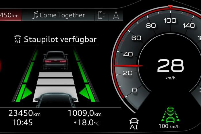 In genau definierten Situationen schaltet der A8 den Staupiloten frei. (Foto: Audi)