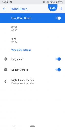 Wir können in Digital Wellbeing auch einstellen, dass das Display ab einer bestimmten Uhrzeit ausgegraut wird. (Screenshot: Golem.de)