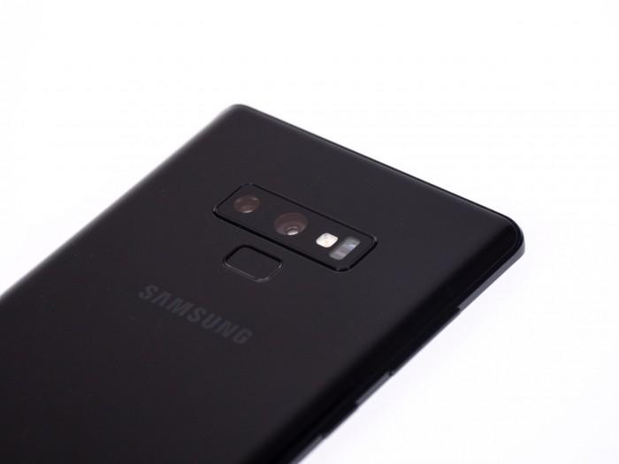Die Kamera wurde direkt vom Galaxy S9+ übernommen. (Bild: Christoph Böschow/Golem.de)