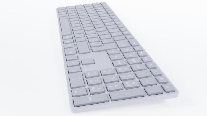 Microsoft Modern Keyboard (Bild: Oliver Nickel/Golem.de)