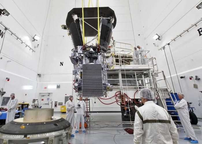 Die Parker Solar Probe soll das erste von Menschen gemachte Objekt sein, das die Korona der Sonne durchfliegt. (Bild: Nasa)