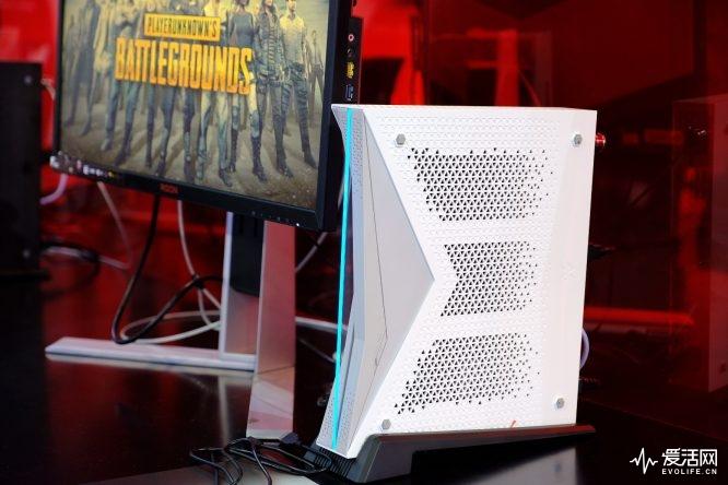 Zhongshan Subor Z+: AMD baut SoC mit PS4-Pro-Leistung für chinesische Konsole - Subor von Zhongshan (Bild: Evo Life)