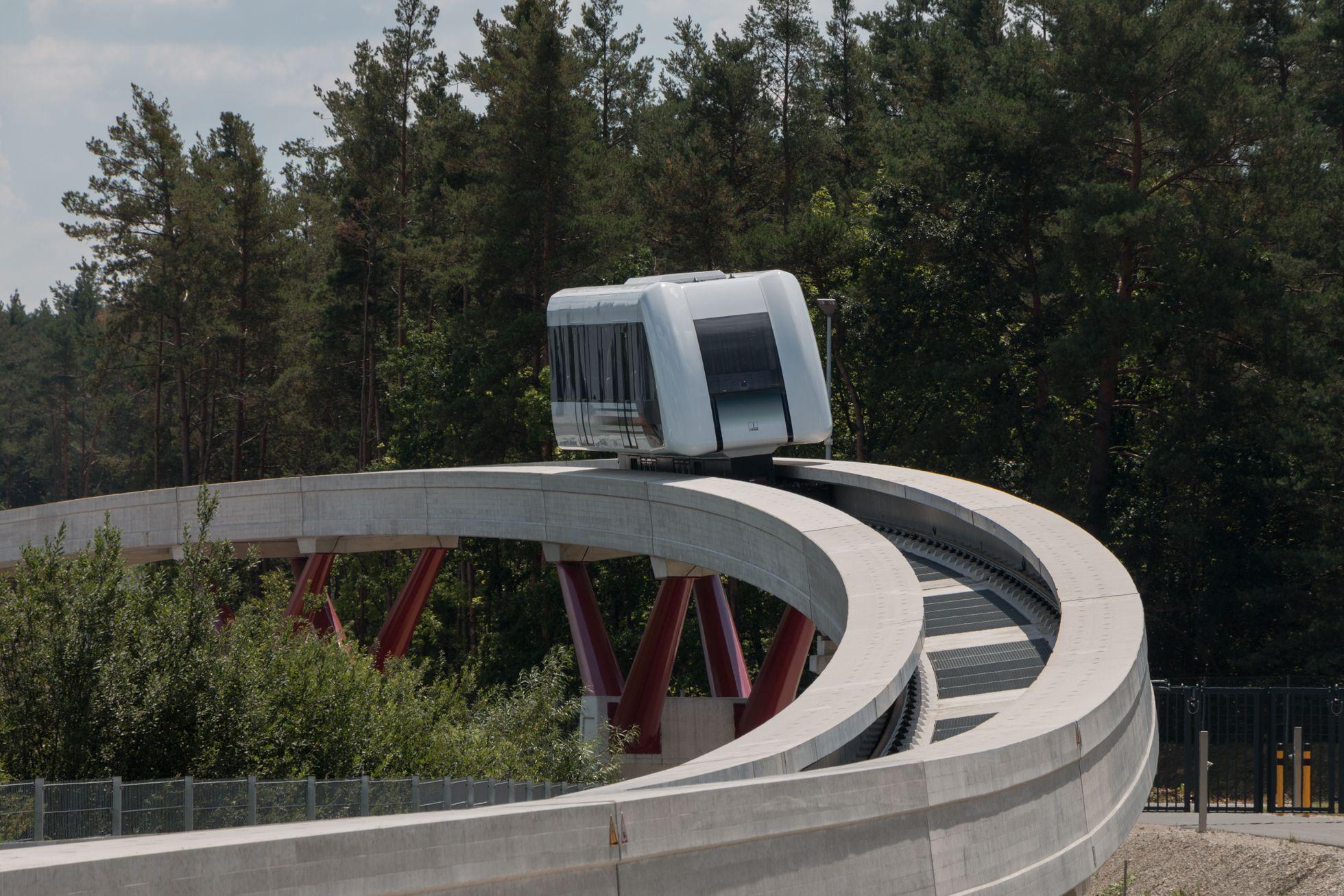 Transport System Bögl: Bundesregierung testet Magnetschwebebahn - Die Strecke ist darauf ausgelegt, die Grenzen des Systems auszuloten. (Bild: Werner Pluta/Golem.de)