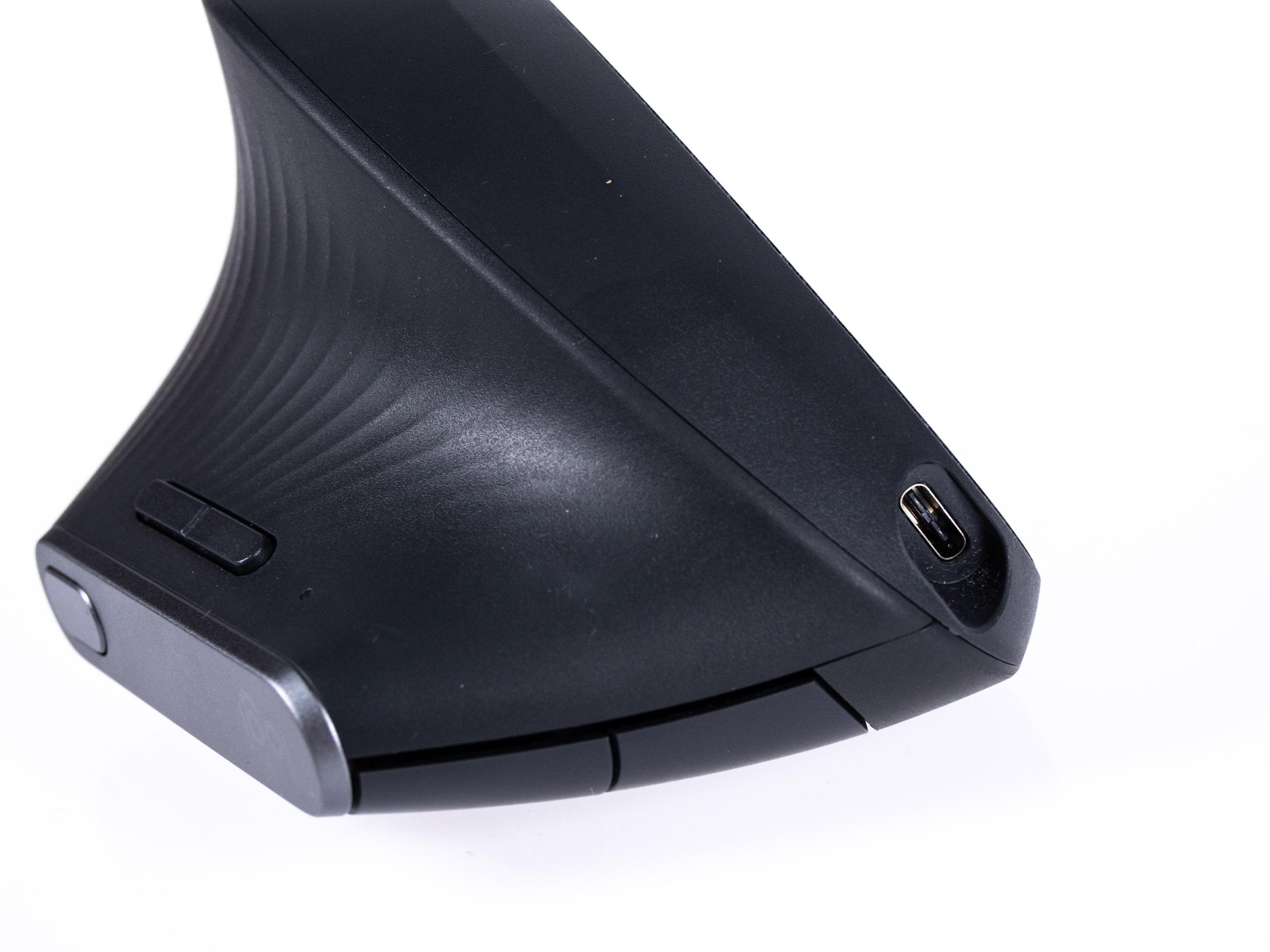 Logitechs MX Vertical im Test: So teuer muss eine gute vertikale Maus nicht sein -