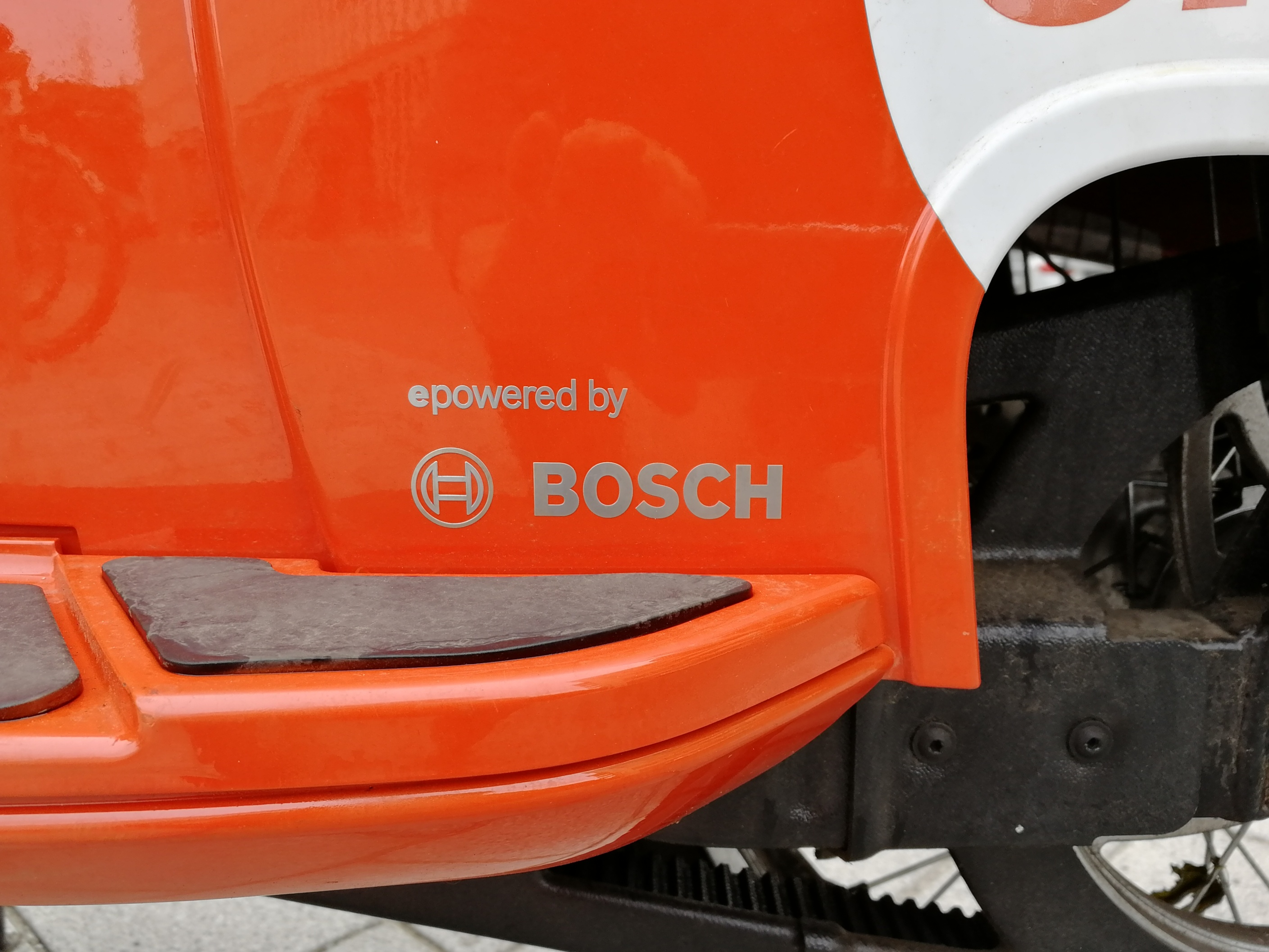 Elektroroller-Verleih Coup: Zum Laden in den Keller gehen - Der Antrieb stammt von der Coup-Mutterfirma Bosch. (Bild: Friedhelm Greis/Golem.de)