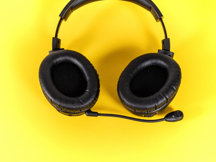 drahtlos headsets im test ohne kabel spielt sich 39 s. Black Bedroom Furniture Sets. Home Design Ideas