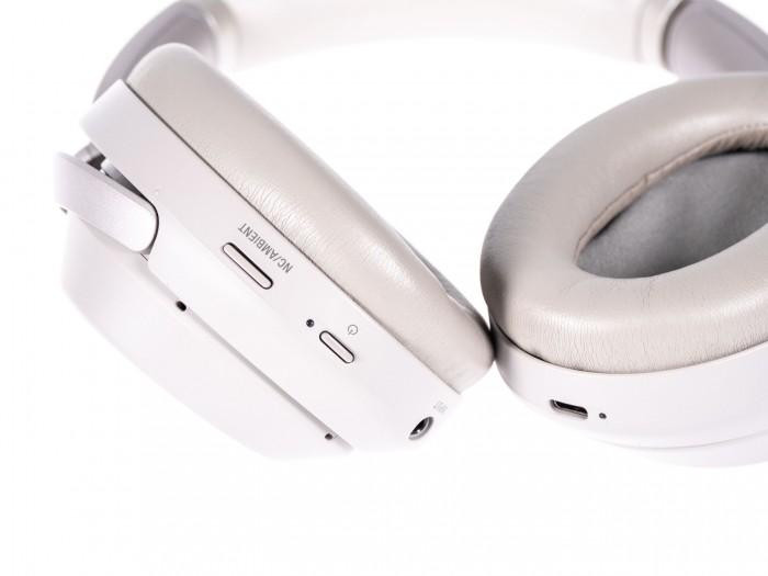 Sonys WH-1000XM3 (Bild: Martin Wolf/Golem.de)