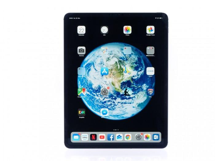 Das neue iPad Pro hat in der großen Version ein 12,9 Zoll großes Display mit schmalem Rahmen. (Bild: Martin Wolf/Golem.de)