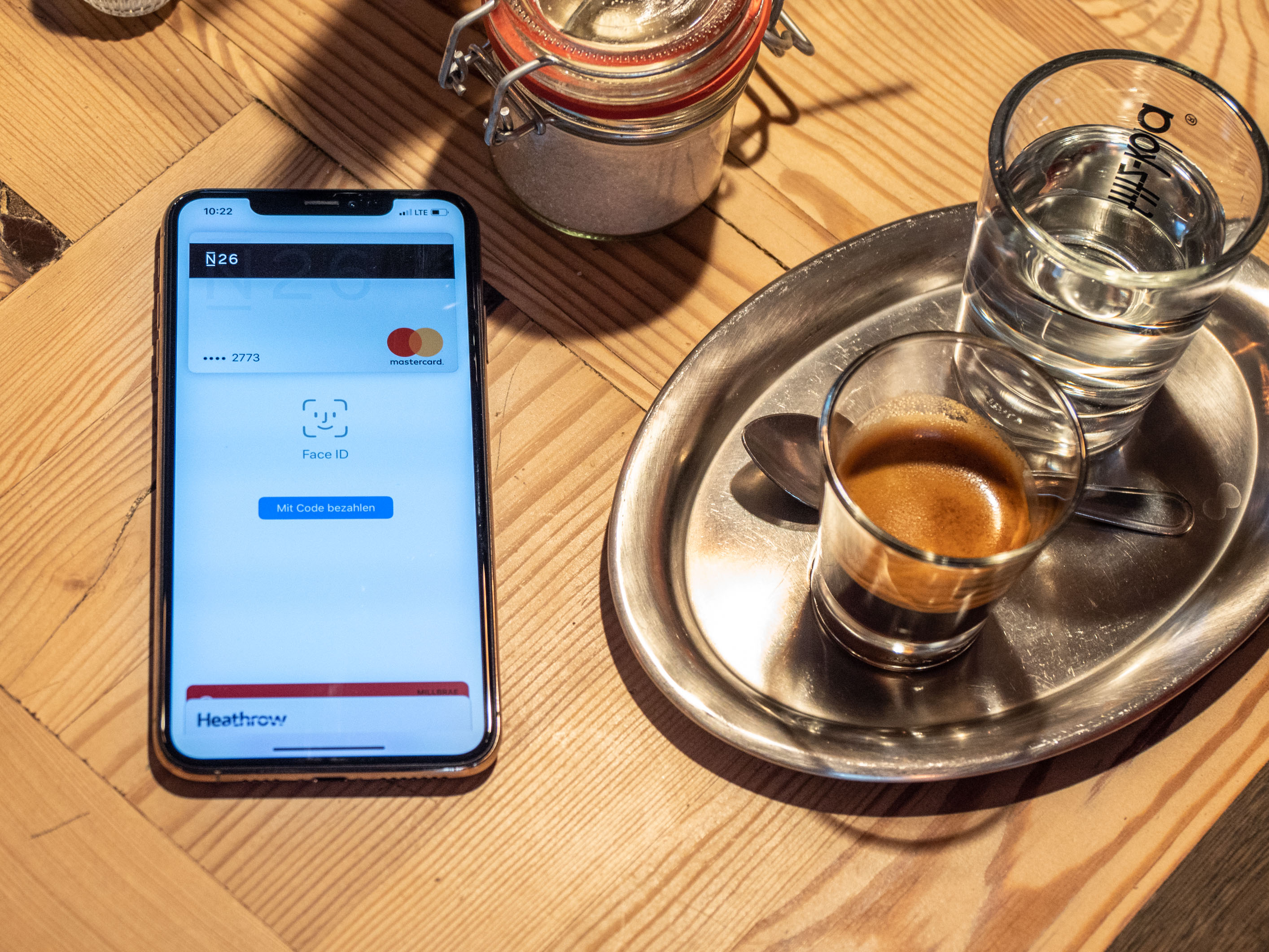 Apple Pay im Test: Problemlos mit dem iPhone zahlen - Der Startbildschirm von Apple Pay (Bild: Martin Wolf/Golem.de)