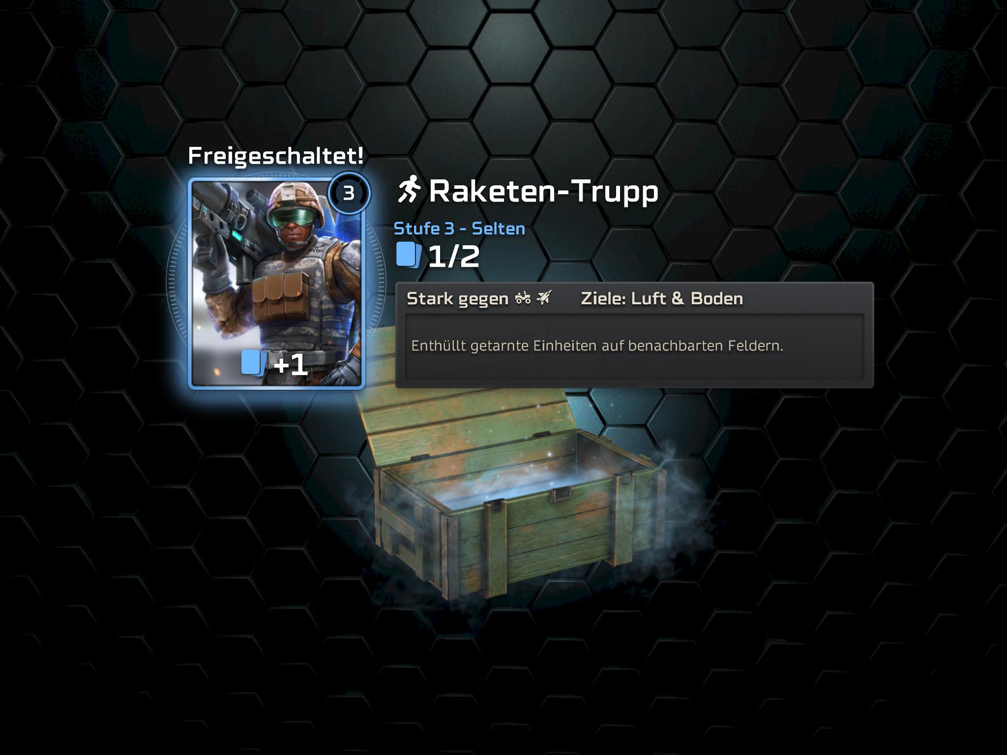C&C Rivals im Test: Tiberium für unterwegs - Ein paar Extras gibt es nach jeder Partien in Schatzkisten. (Bild: Electronic Arts/Screenshot: Golem.de)