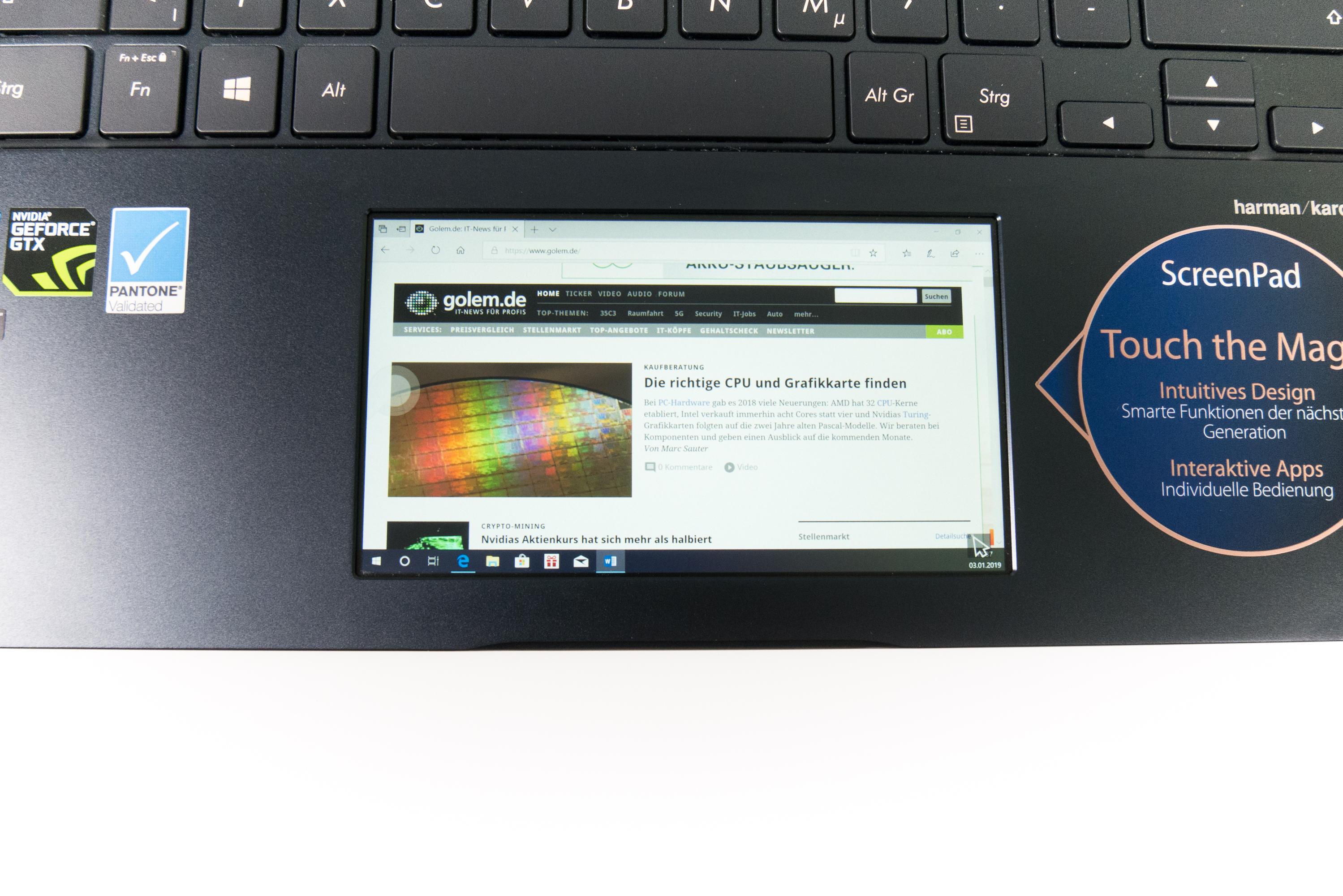 Asus Zenbook Pro 14 im Test: Das Display im Touchpad macht den Unterschied - Praktisch: Das Screenpad als zweiter Monitor (Bild: Oliver Nickel/Golem.de)