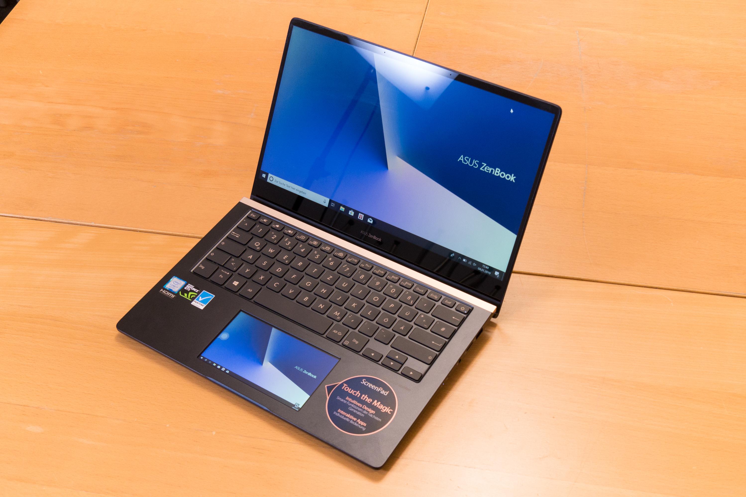 Asus Zenbook Pro 14 im Test: Das Display im Touchpad macht den Unterschied - Asus Zenbook Pro 14 (Bild: Oliver Nickel/Golem.de)