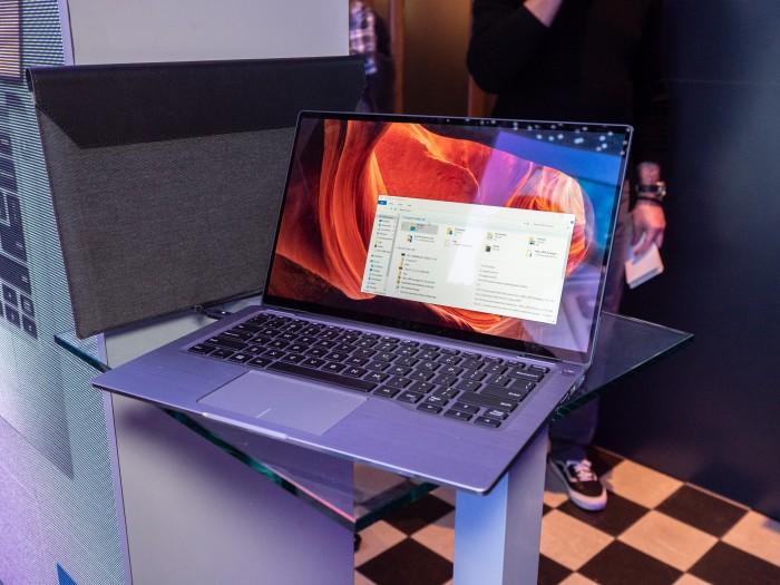 Das neue Latitude 7400 von Dell (Bild: Martin Wolf/Golem.de)