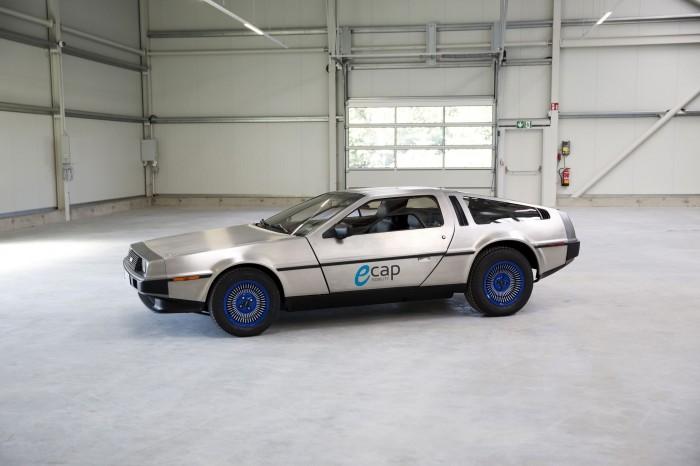 Damit hat es bei Ecap angefangen: Der erste zum Elektroauto umgebaute Oldtimer war ein DeLorean DMC-12. (Bild: Ecap Mobility)
